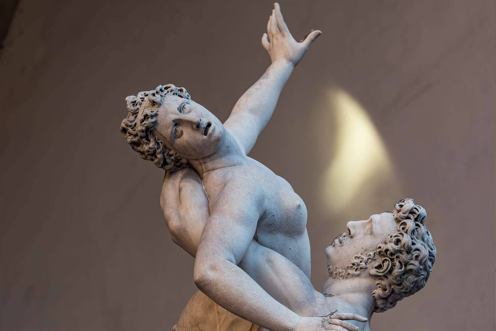 Statue of Intertwined bodies at the Galleria dell 'Accademia in Florence