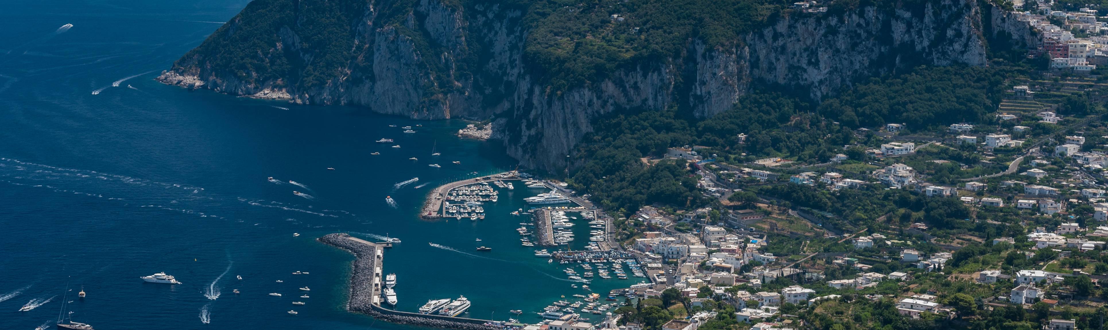 Stunning Bird's eye view of Capri and the surrounding sea
